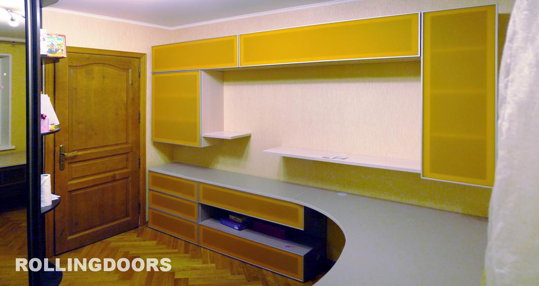 Фотографии столов на заказ: галерея фото rolligdoors.ru.